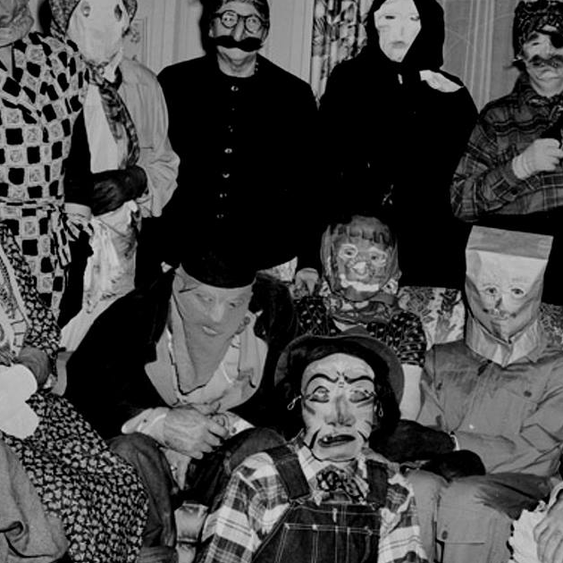 dirty-dog-cigar-shoppe-halloween-party